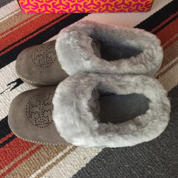 fdc472c4b05 NWT Tory Burch Coley Perforated Suede Slippers